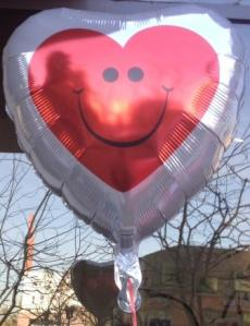 Happy Face Love Balloon